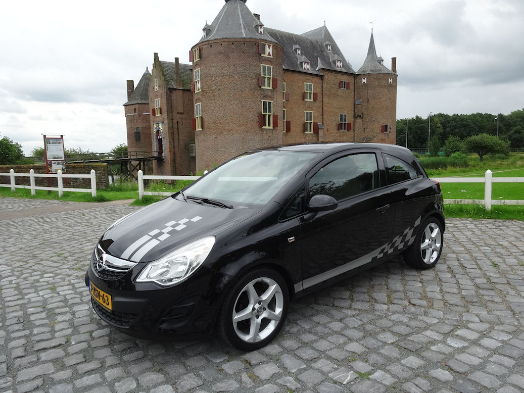 opel corsa 1 2 16v selection verbruik 1l op 19km. Black Bedroom Furniture Sets. Home Design Ideas